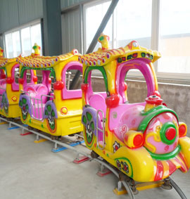 June 2014 Bulgaria park 2 different kinds rides installation